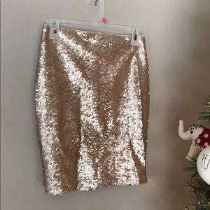 Lulu's Gold sequin mini skirt
